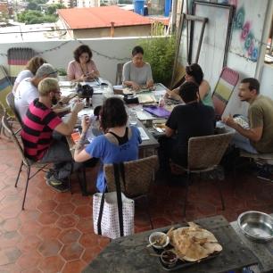Grupo Zato compartiendo una tarde de collage